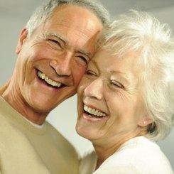 Poziția dinților se poate corecta și la 50 de ani